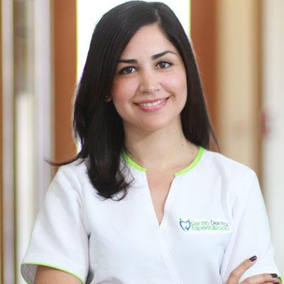 Dra. Sarina Gómez
